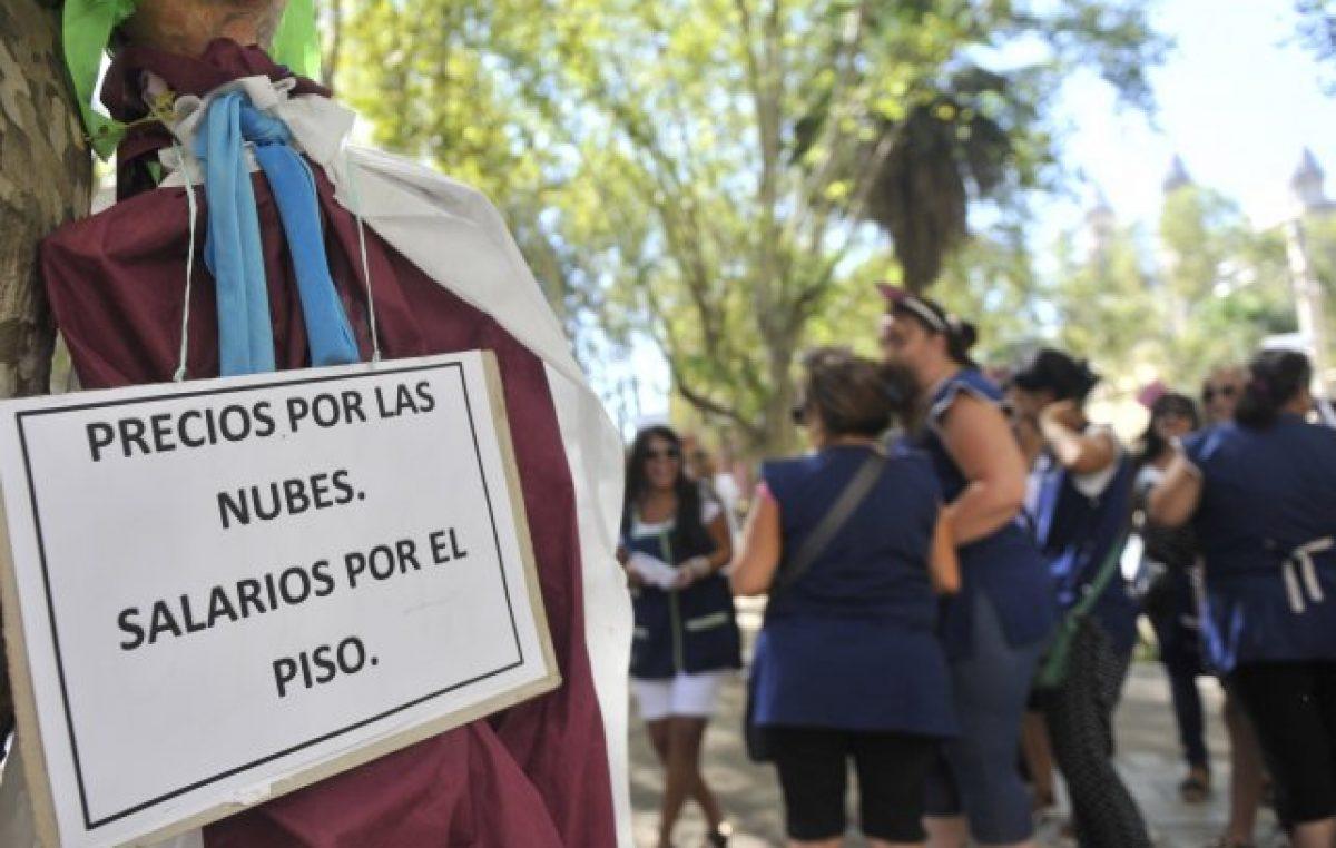 Córdoba ofreció un bono de 1.500 a 2.000 pesos y Santa Fe podría imitarla