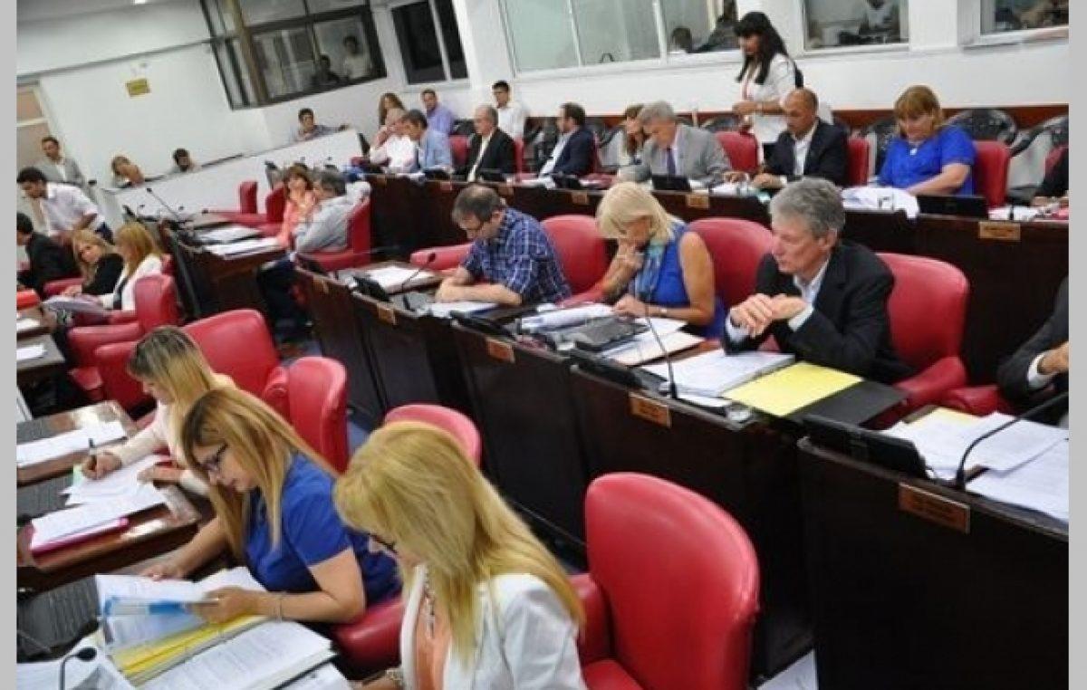 Condonan deudas a municipios chaqueños