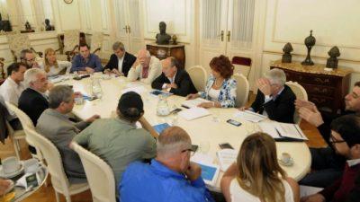 Avellaneda: Presupuesto 2017, intendentes y legisladores del FpV llevaron una posición unificada al Gobierno