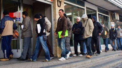 Seis de cada diez argentinos tienen problemas de empleo