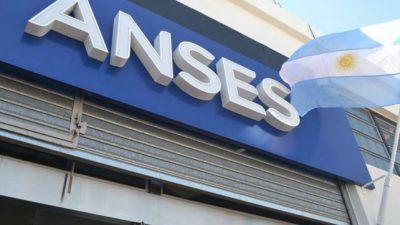Gremios de Anses pararán el martes en todo el país y denuncian «desguace» del organismo