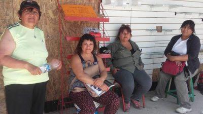 Cooperativas del programa Argentina Trabaja se movilizan para hacer reclamos al intendente de Bariloche