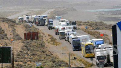 Municipales caletenses cortaron la ruta 3 ante el incumplimiento del pago de sueldo