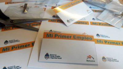 Más de 40 jóvenes comenzaron entrenamientos laborales en empresas deBariloche
