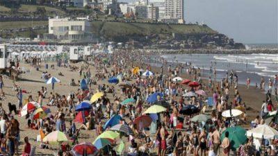 El verano se demora: la costa, con pocas reservas