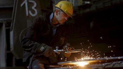 Menos costos empresarios, más riesgos laborales