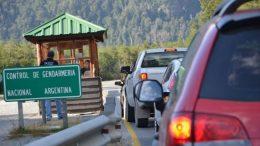 En La Angostura ya no hace gracia el paso a Chile de compras