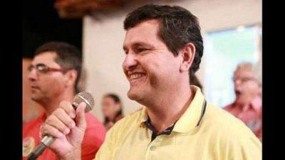 Un alcalde brasileño entrega a Dios las llaves de su ciudad y recoge tempestades