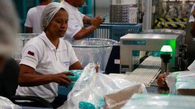 Venezuela incrementa 50% el salario mínimo de los trabajadores