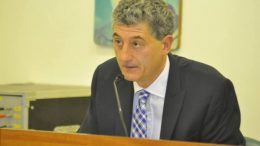 Sin presupuesto, el intendente de Gesell le pasó factura a Vidal y a los concejales de Cambiemos