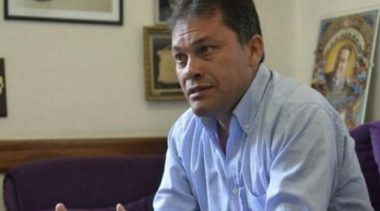 """Moreno: Municipales le apuntan a Festa por """"indignas condiciones de trabajo"""""""