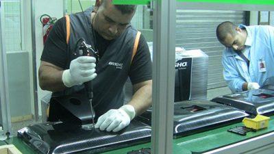 Por las importaciones cerró una fábrica de computadoras y despidieron a 200 trabajadores en Vicente López