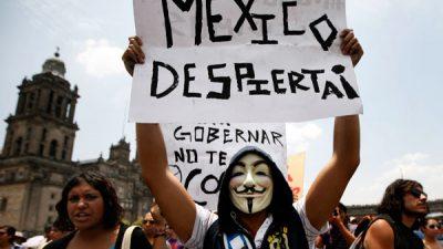 """Peña Nieto intenta frenar las protestas con un incierto """"acuerdo de precios"""""""