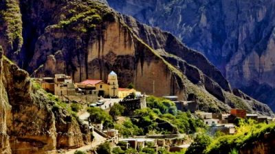 Un pueblito argentino escondido entre montañas