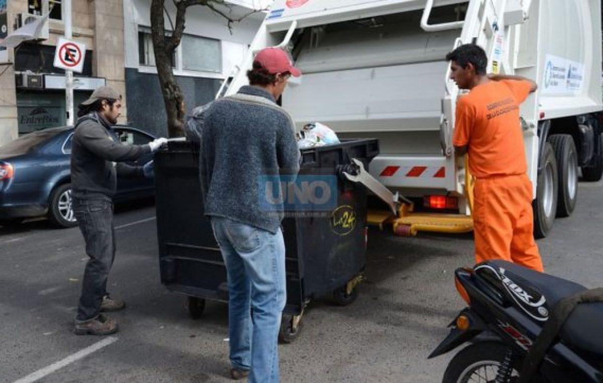 Por medidas de fuerza de municipales se resentirán servicios en Paraná