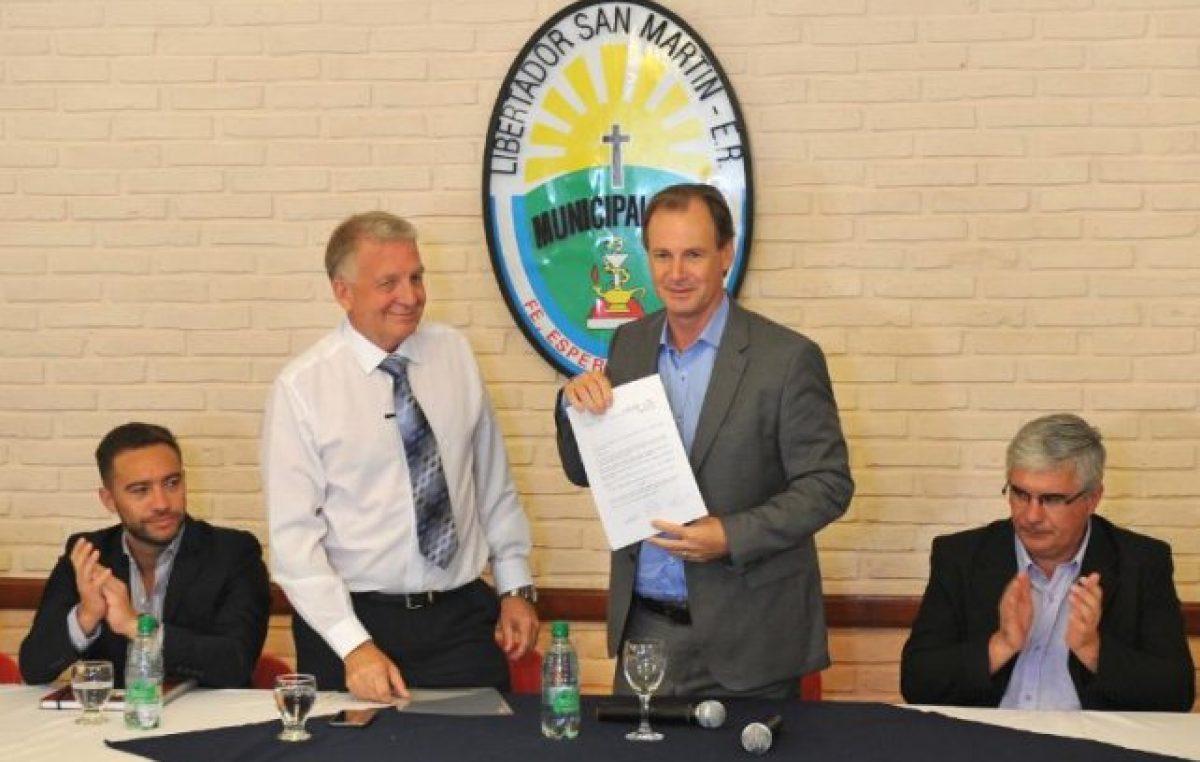Bordet afirmó que próximamente estará operativo el empréstito internacional para municipios entrerrianos