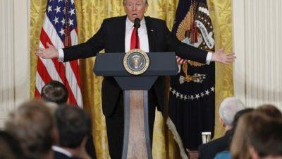 La embestida de Trump contra los medios de prensa causa indignación