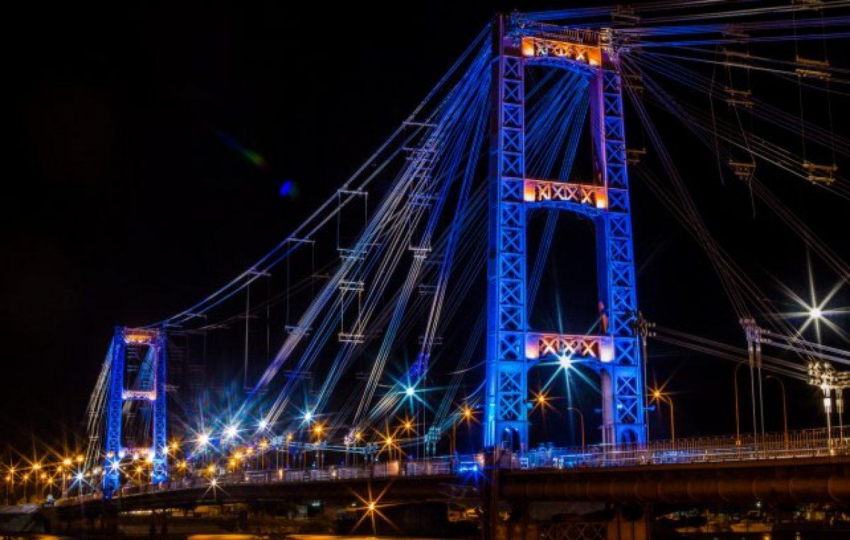 Nueva iluminación LED en el Puente Colgante de Santa Fe