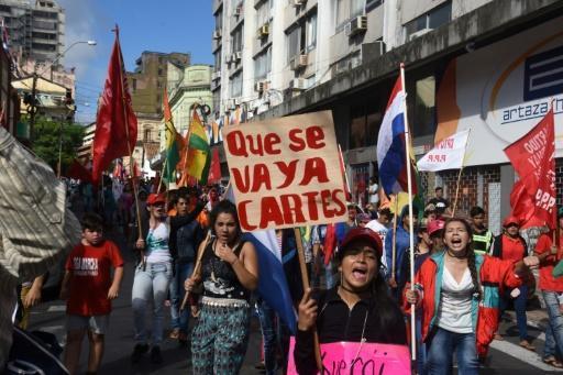 Manifestaciones en Paraguay contra la reelección de Cartes
