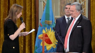 Exigen la renuncia de De La Torre y la convocatoria para elegir un nuevo intendente en San Miguel