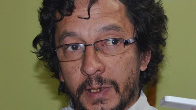 """Esquel: Osorio calificó como una """"extorsión"""" la maniobra del Municipio y dijo que """"se entrometen en la organización interna de los trabajadores"""""""