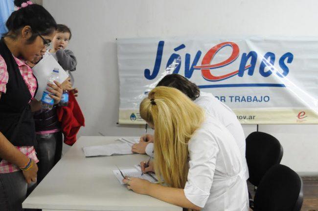 La Oficina de Empleo de Posadas logró incorporar a 140 jóvenes al mercado laboral