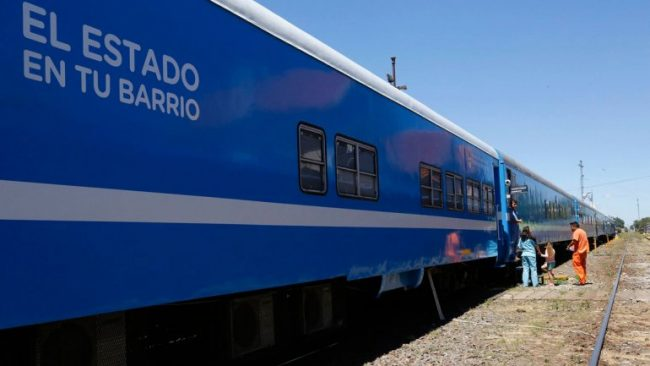 """Se puso en marcha en Zapala el tren """"El Estado en tu barrio"""" que recorrerá el país"""