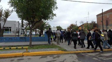 Los municipales de Plottier analizan la nueva oferta de Peressini