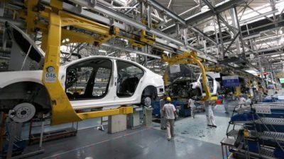 La utilización de la capacidad instalada en la industria es la menor en siete años