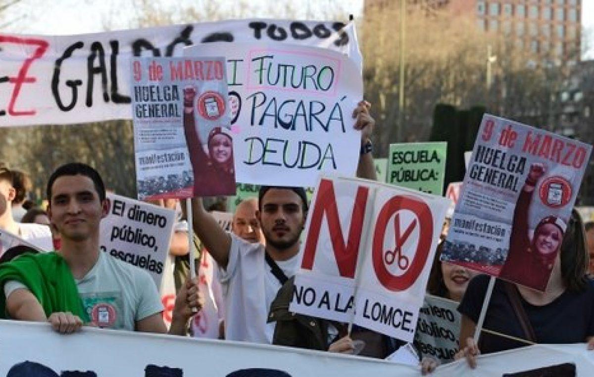 Protestas en España y críticas a Rajoy por los recortes en educación