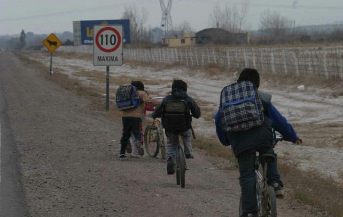 Mendoza: Los chicos pobres tardan más en iniciar las clases por falta de útiles y otros elementos