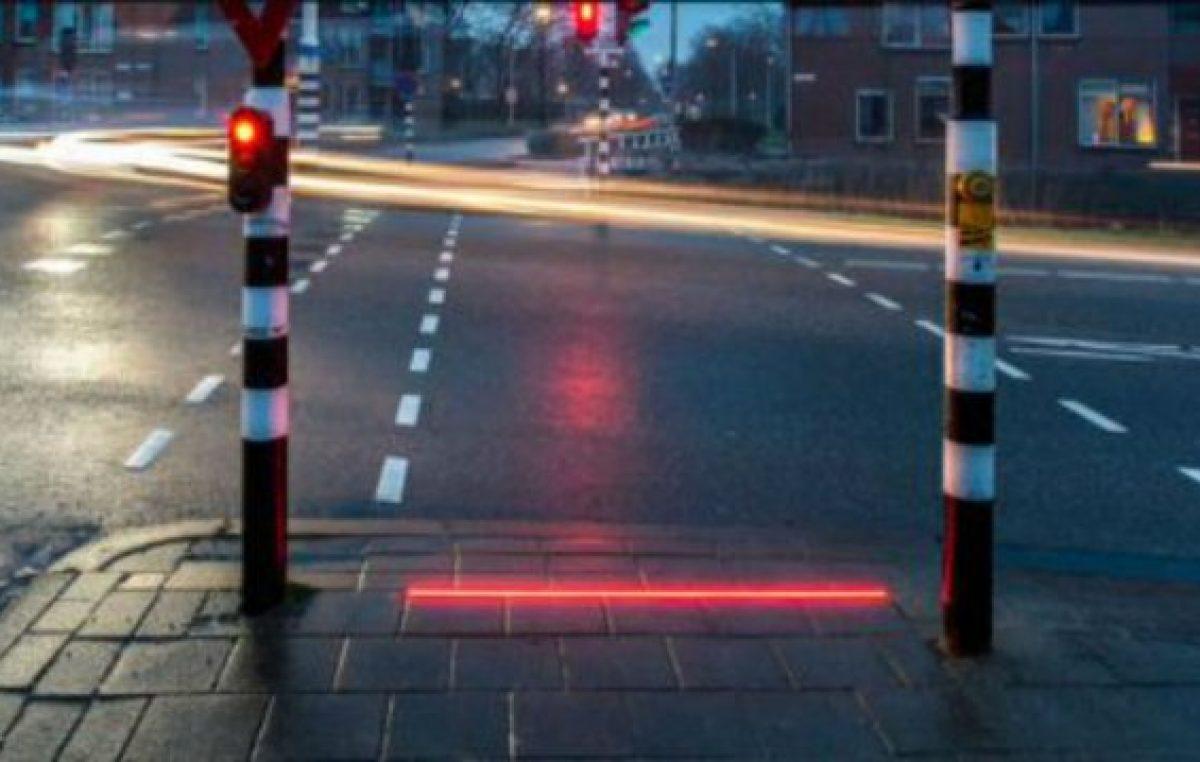 Rosario tendrá el primer semáforo de piso del país para peatones