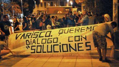 """Instalaron una olla popular en plaza 1° de Mayo de Paraná para """"visibilizar el hambre"""""""