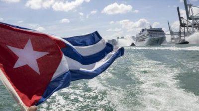 """Cuba festeja el """"primer millón"""" de turistas en dos meses"""