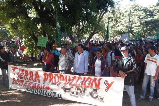 Campesinos paraguayos se movilizan para reclamar por la reforma agraria
