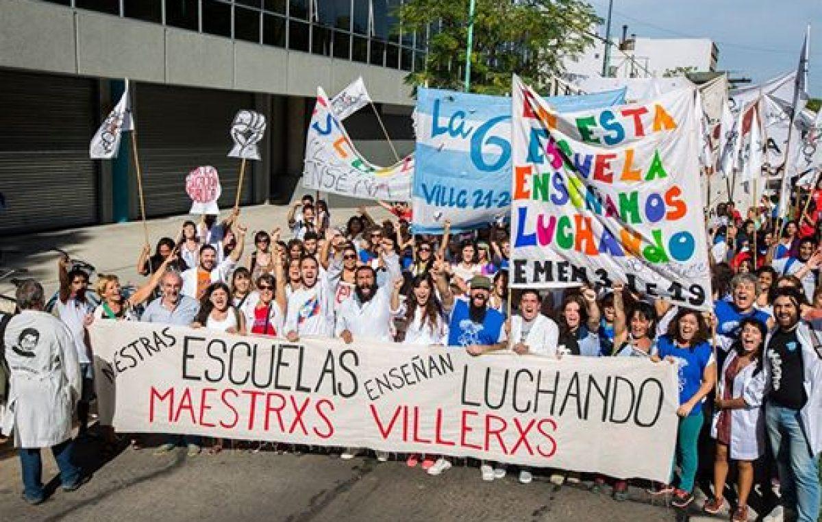 """Buenos Aires: La voz de los maestros villeros, """"El ministro está de paro desde el día que asumió"""""""