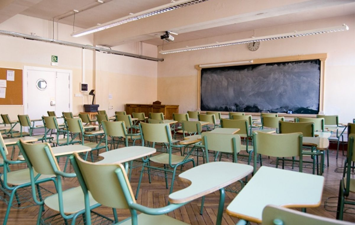 """Los """"docentes voluntarios"""" también generan rechazo en municipios oficialistas"""