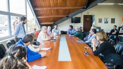 Ushuaia: El Ejecutivo municipal presentó una nueva propuesta a los gremios