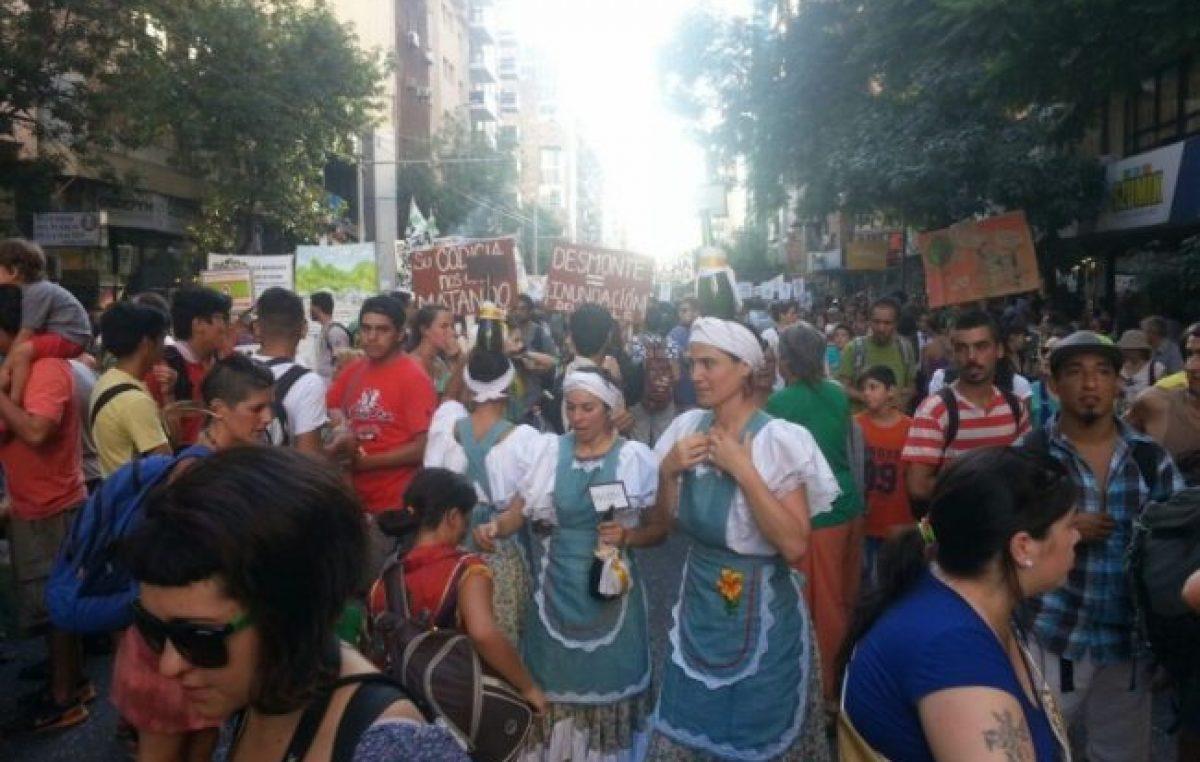 Córdoba: masiva marcha contra los desmontes ante a la avanzada del gobierno provincial