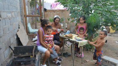 Córdoba: Los Artesanos, un caso testigo del aumento de la pobreza en pocos años