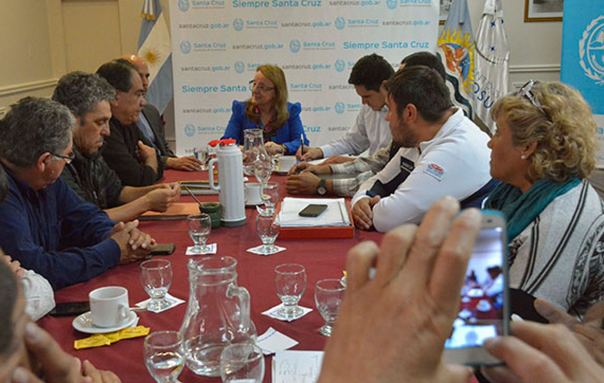 Santa Cruz: Kirchner recibió a la Federación de Trabajadores Municipales