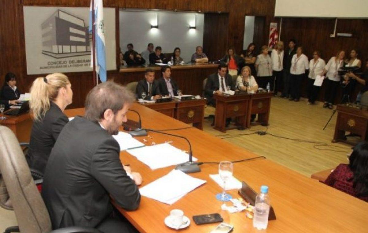 Puja y operaciones políticas para tratar una ordenanza clave enSan Juan
