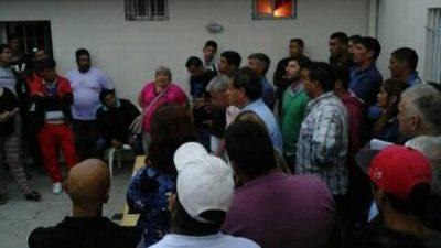 Municipales de Paraná realizan retención de servicios