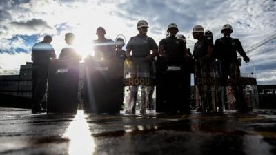 La Justicia brasileña prohíbe huelgas de la policía