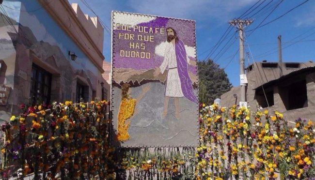 Las esquinas de Tilcara en Pascua