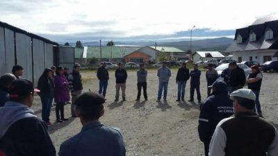 Cholila: municipales realizan retención de servicio por falta de pago