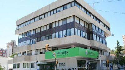 El intendente de Neuquénles descontará el día a los municipales que se sumen al paro