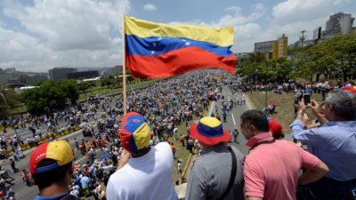 Quinto día de protestas masivas y represión en Venezuela: 200 heridos