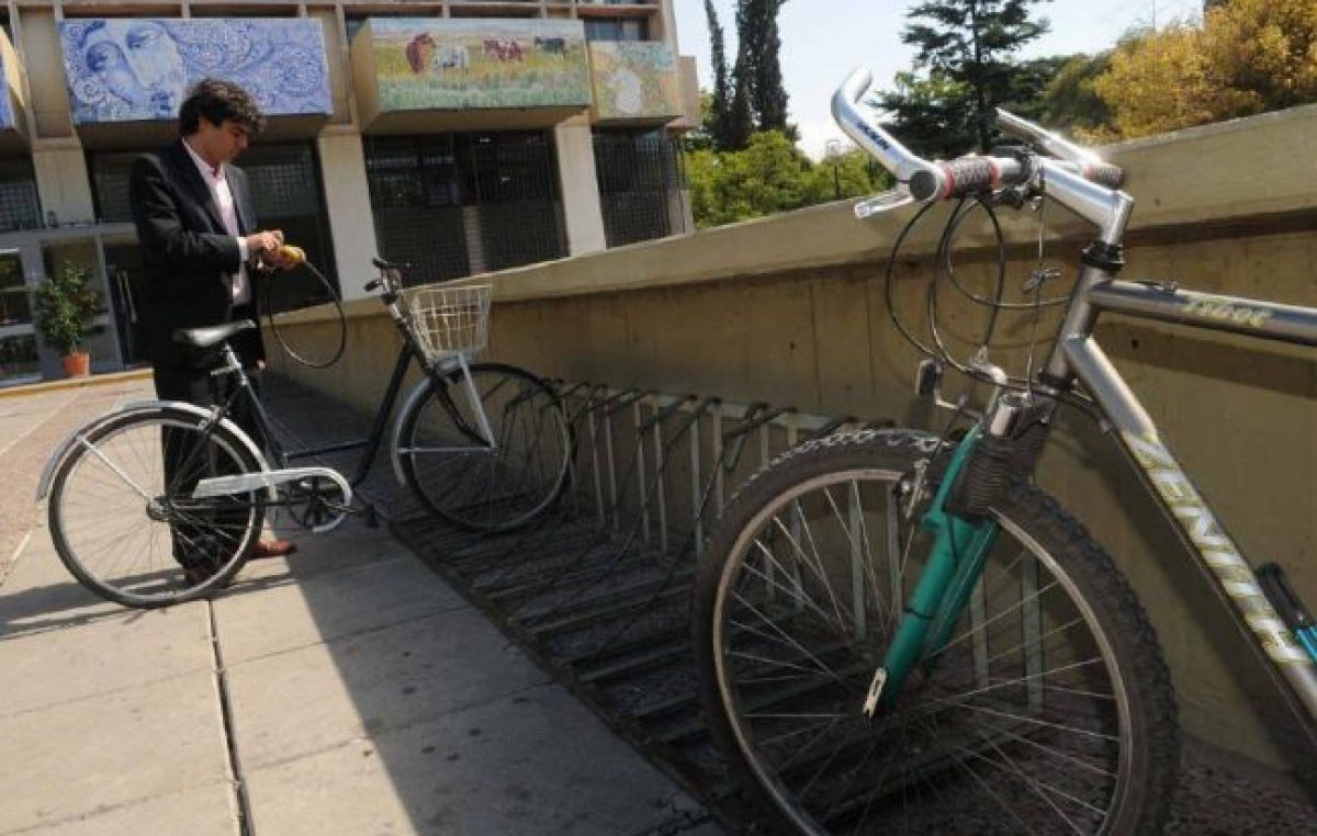 Mendoza: Para subirse a la bici y pedalear hasta el trabajo