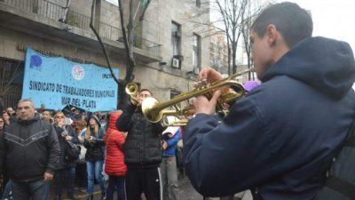 Municipales de Mar del Plata anuncian paros y reclaman el pago de sus sueldos en término